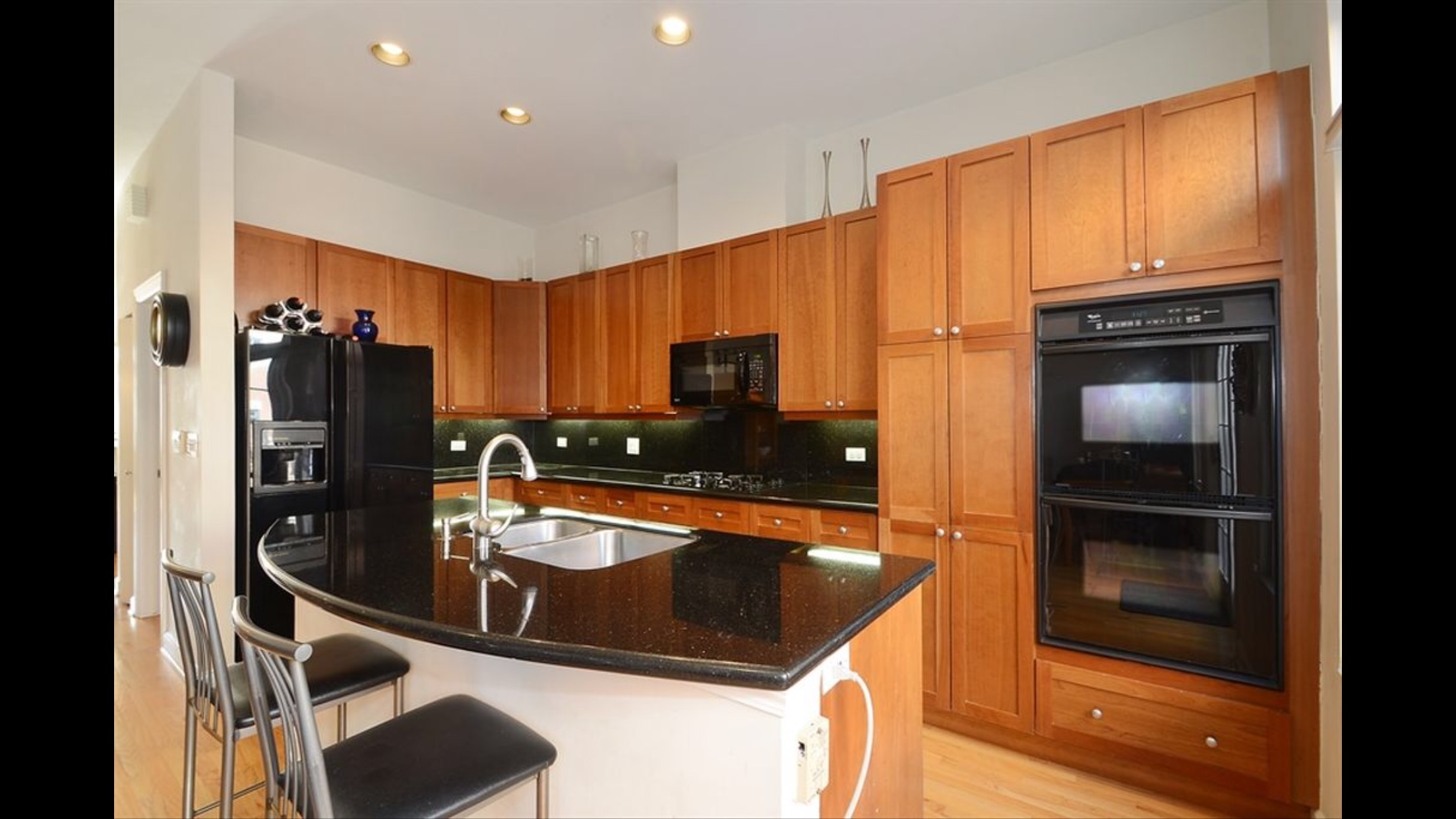 kitchen cabinet refinishing 3 north shore painting restoration inc. Black Bedroom Furniture Sets. Home Design Ideas